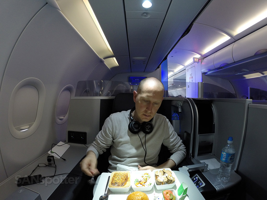 JetBlue Mint meal service