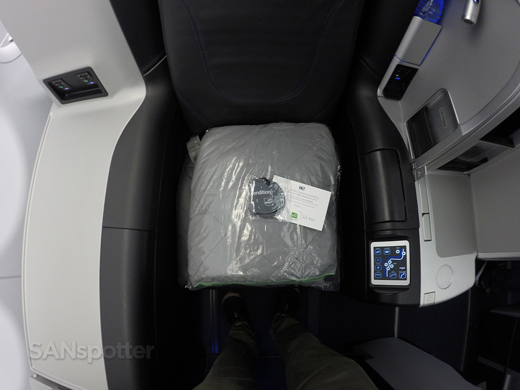 jetBlue mint seat