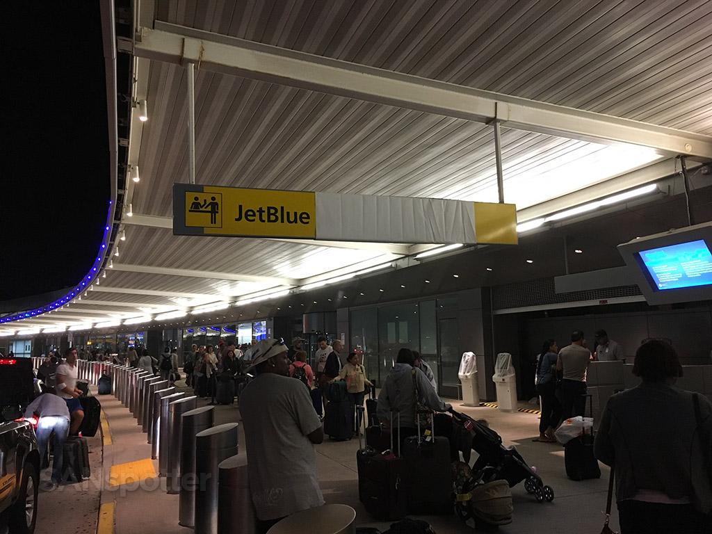 terminal 5 curbside JFK airport