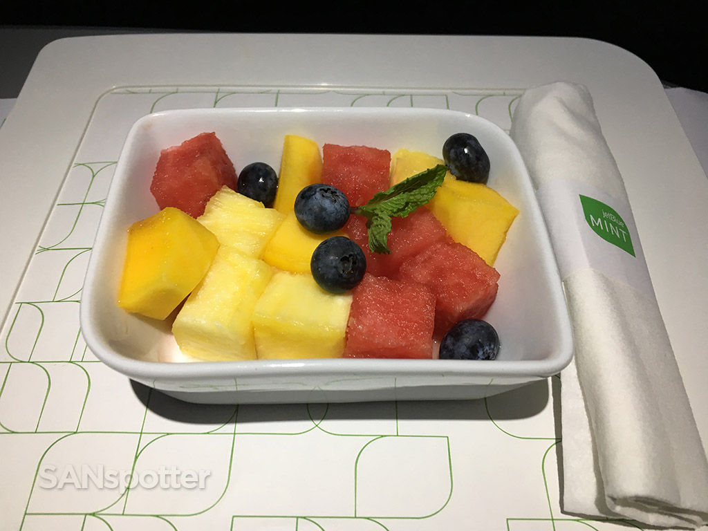 JetBlue Mint fruit plate