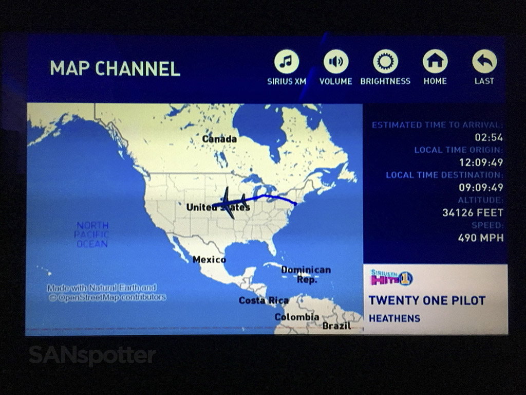 JetBlue moving map screen