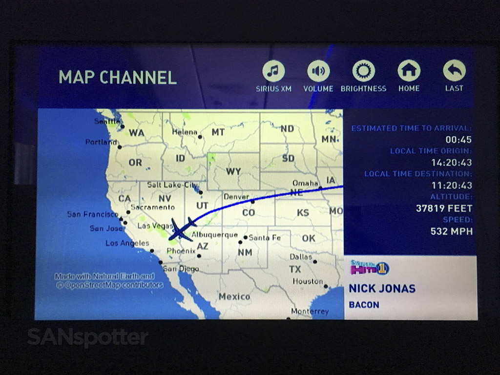 JetBlue moving map