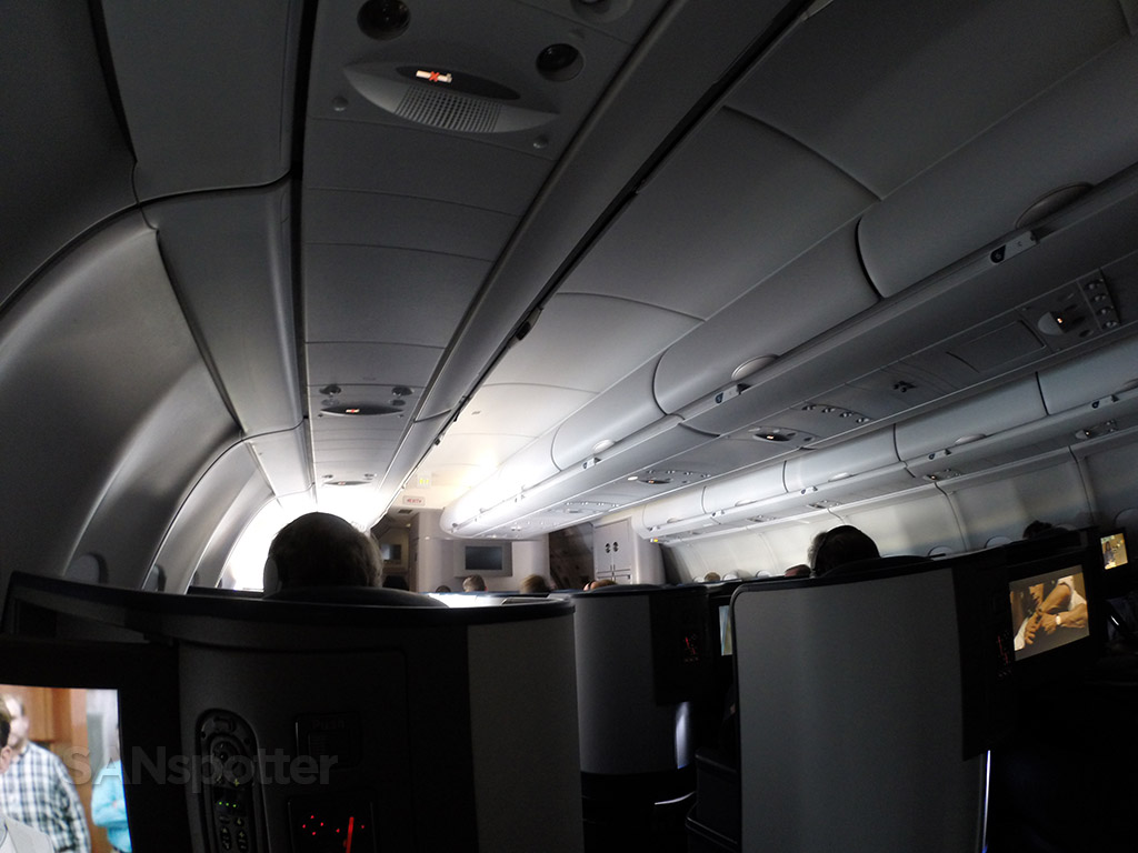 delta one a330-300 cabin
