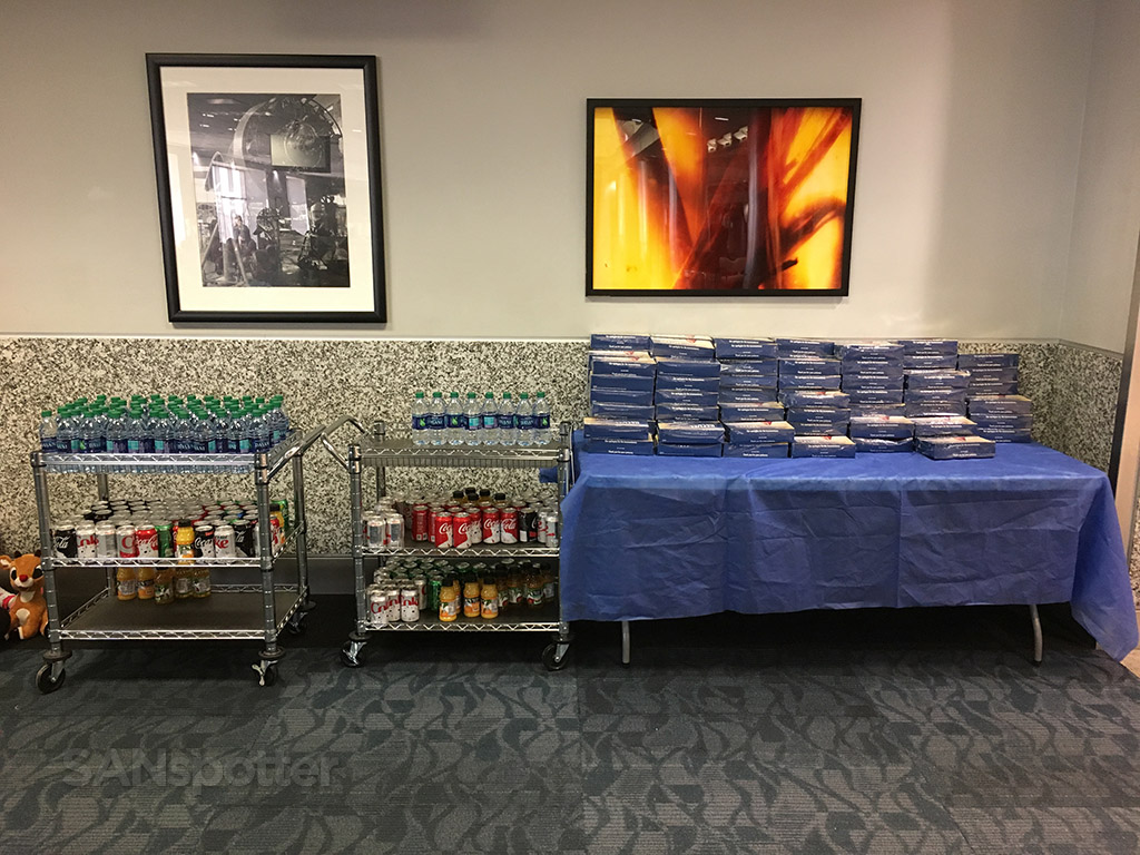 Complimentary snacks and beverages Delta air lines gate