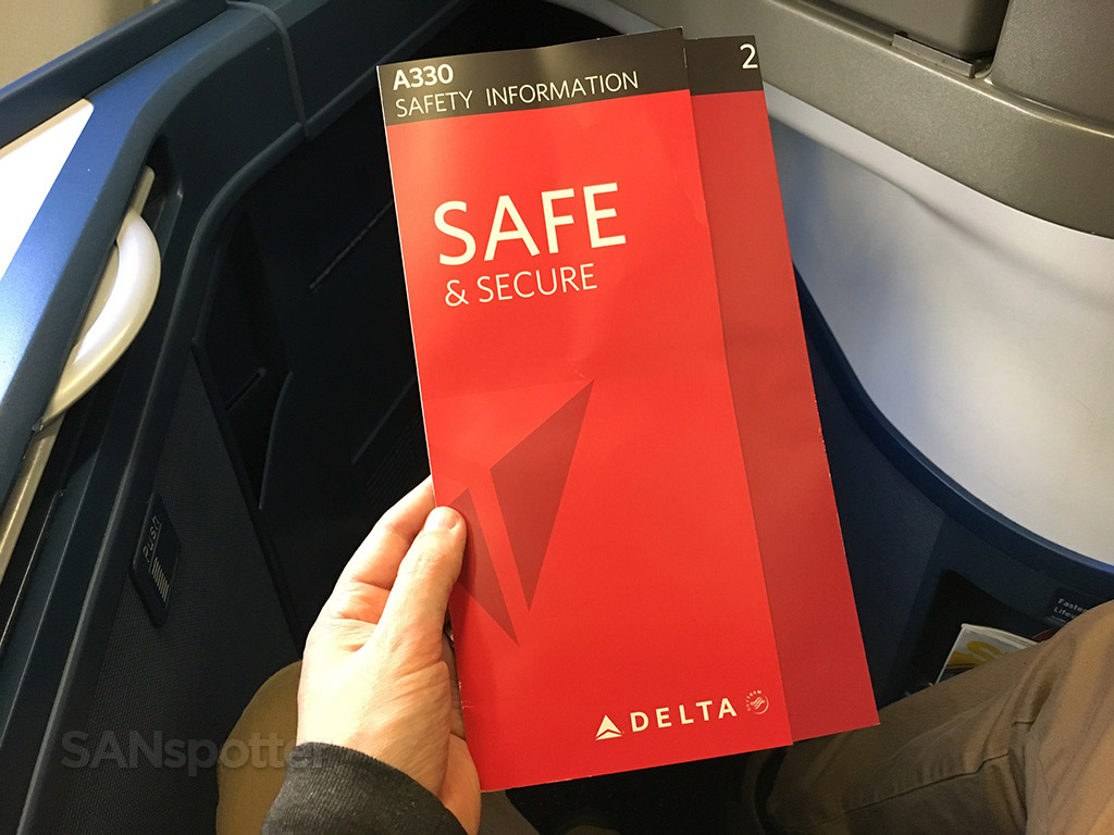 Delta A330-300 safety card