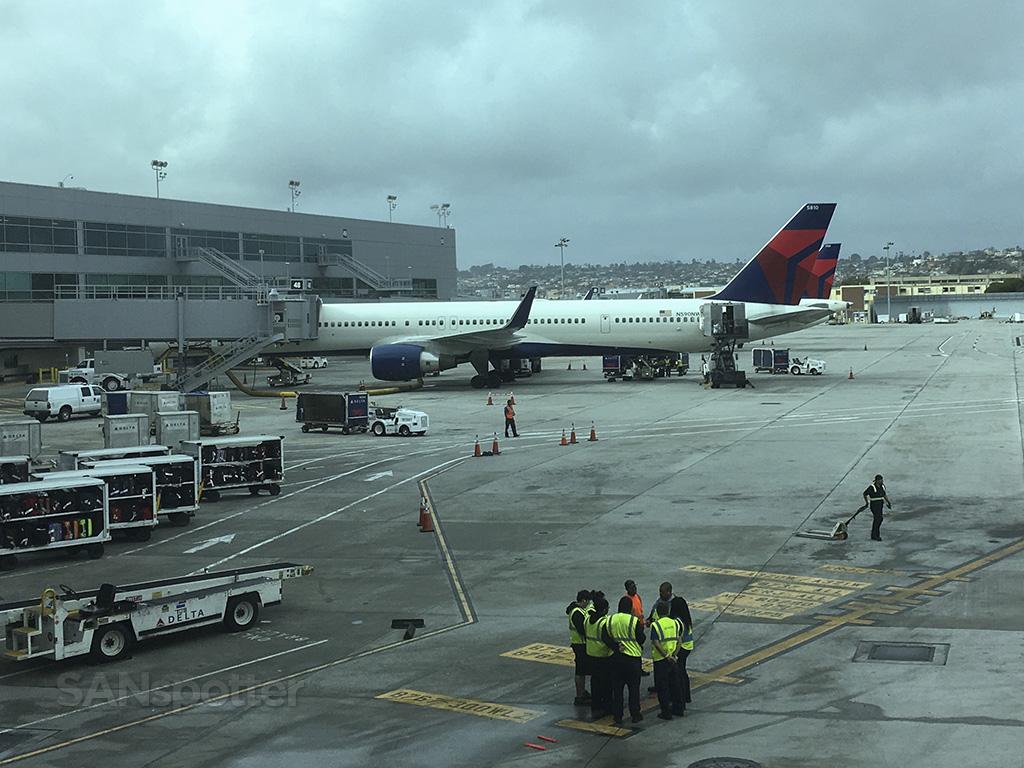 N590NW San Diego airport