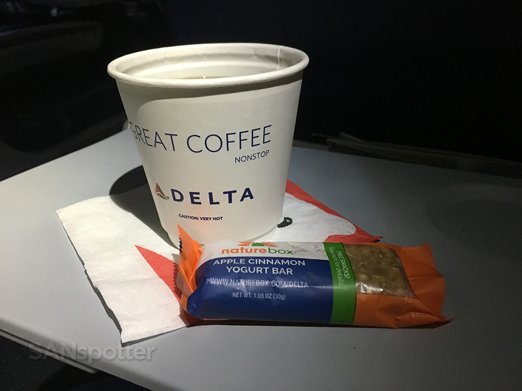 delta economy class snack
