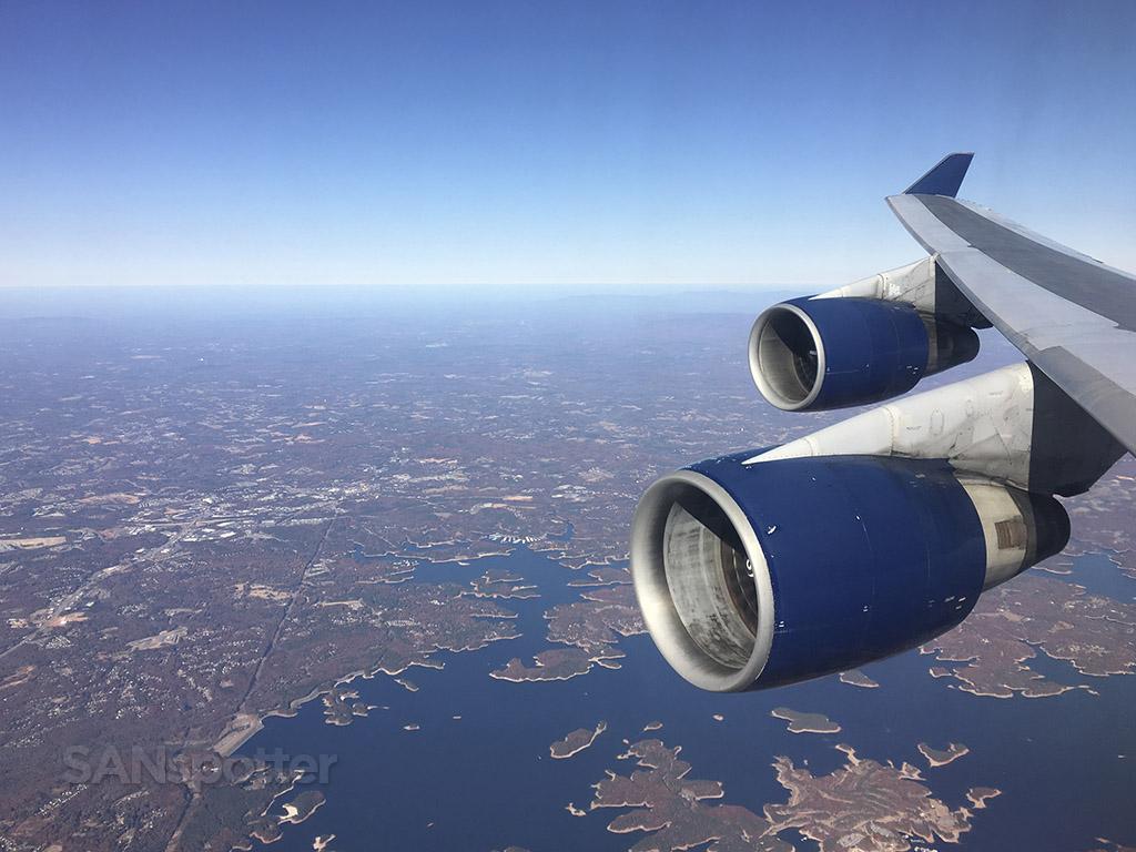 approaching ATL delta 747-400