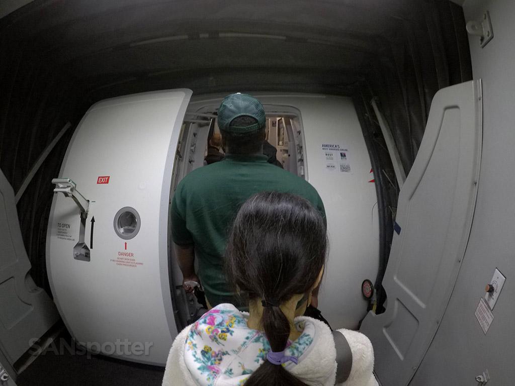 delta a321 boarding door