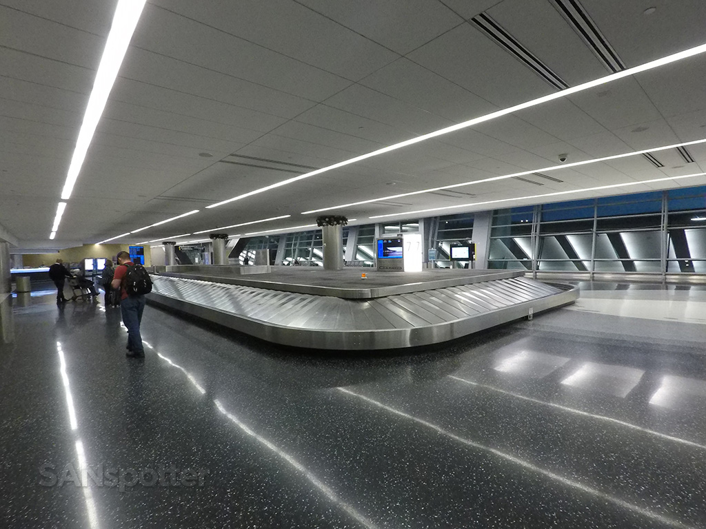 Delta Air Lines baggage claim san diego airport