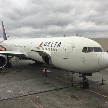 N843MH 767-400 1810