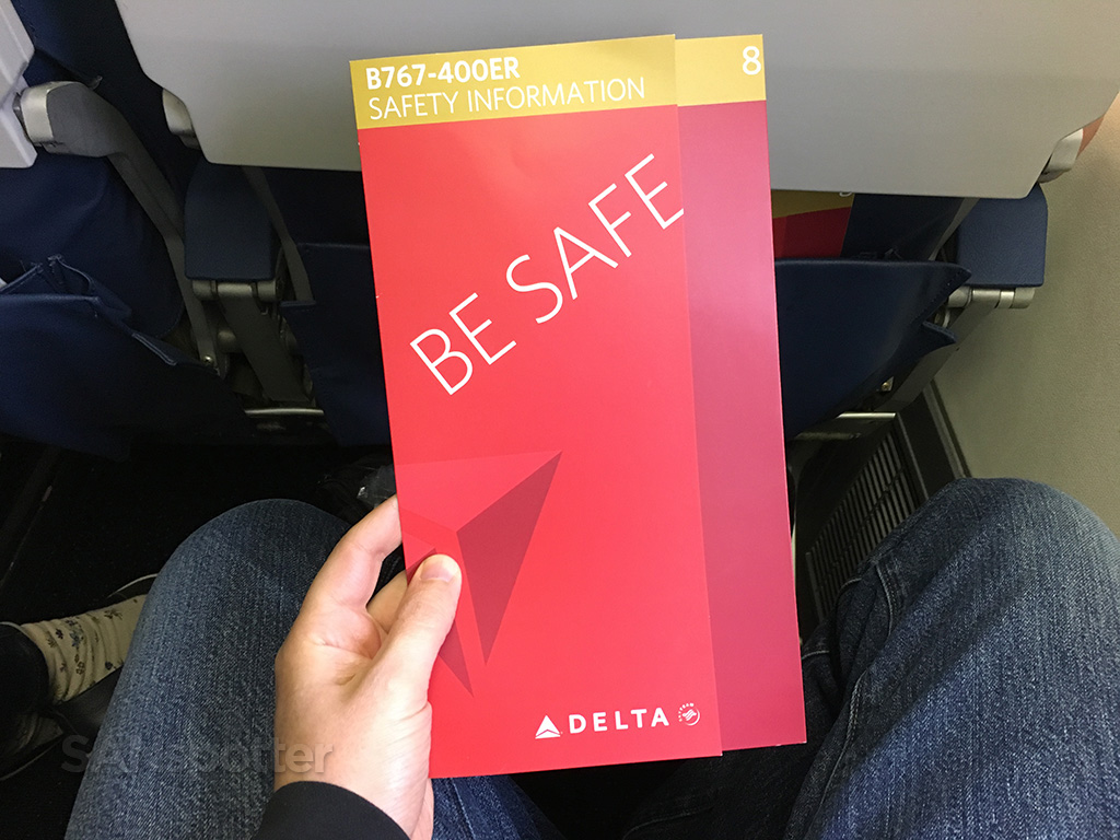 Delta 767-400 safety card