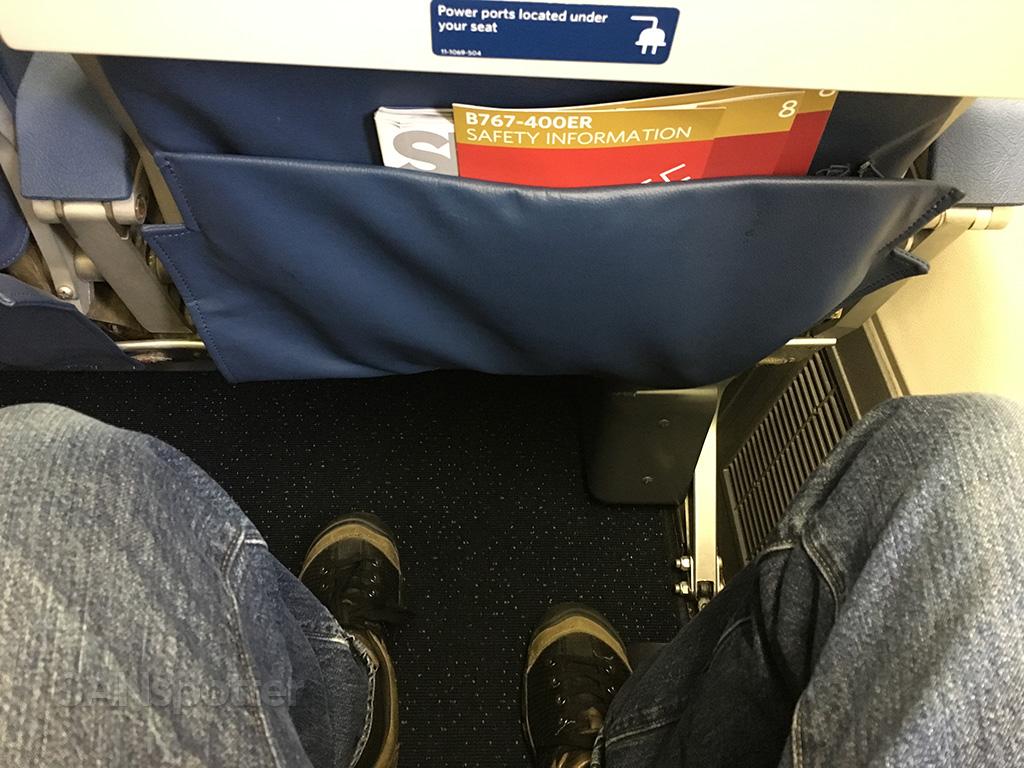 delta 767-400 premium economy leg room