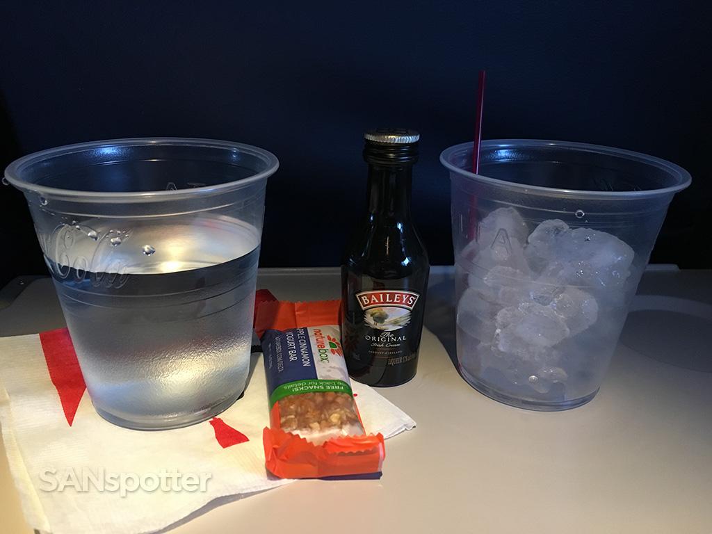 delta premium economy complimentary alcohol
