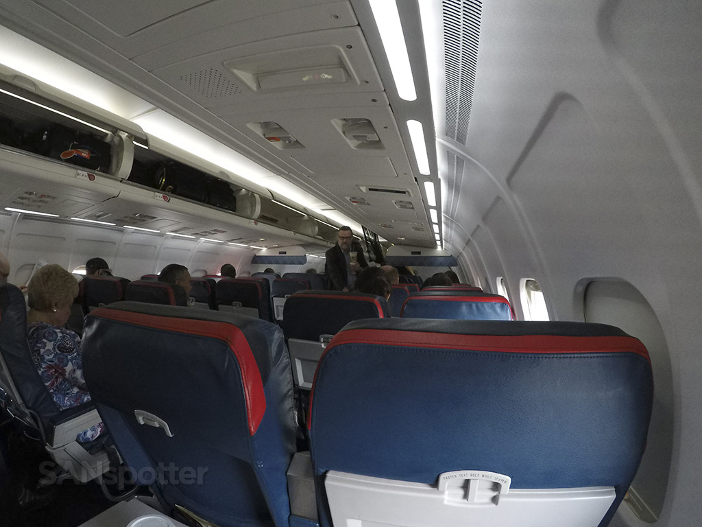 Delta Air Lines MD-88 premium economy
