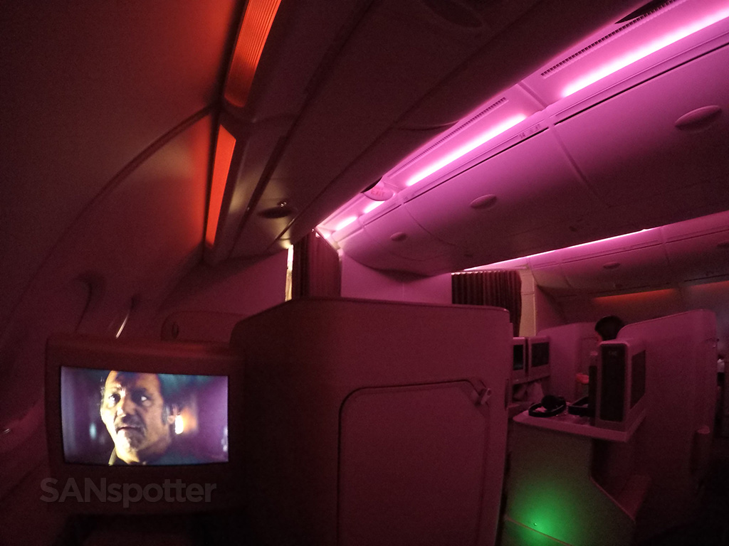 Asiana A380 business class mood lighting
