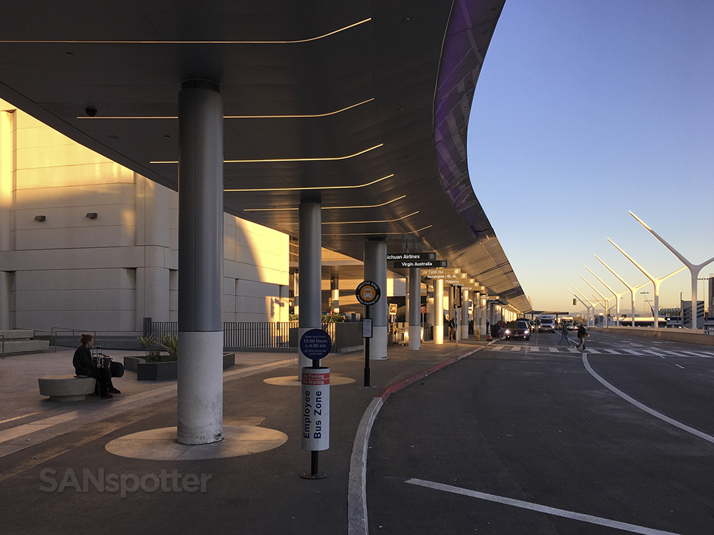 tom bradley international terminal curbside LAX