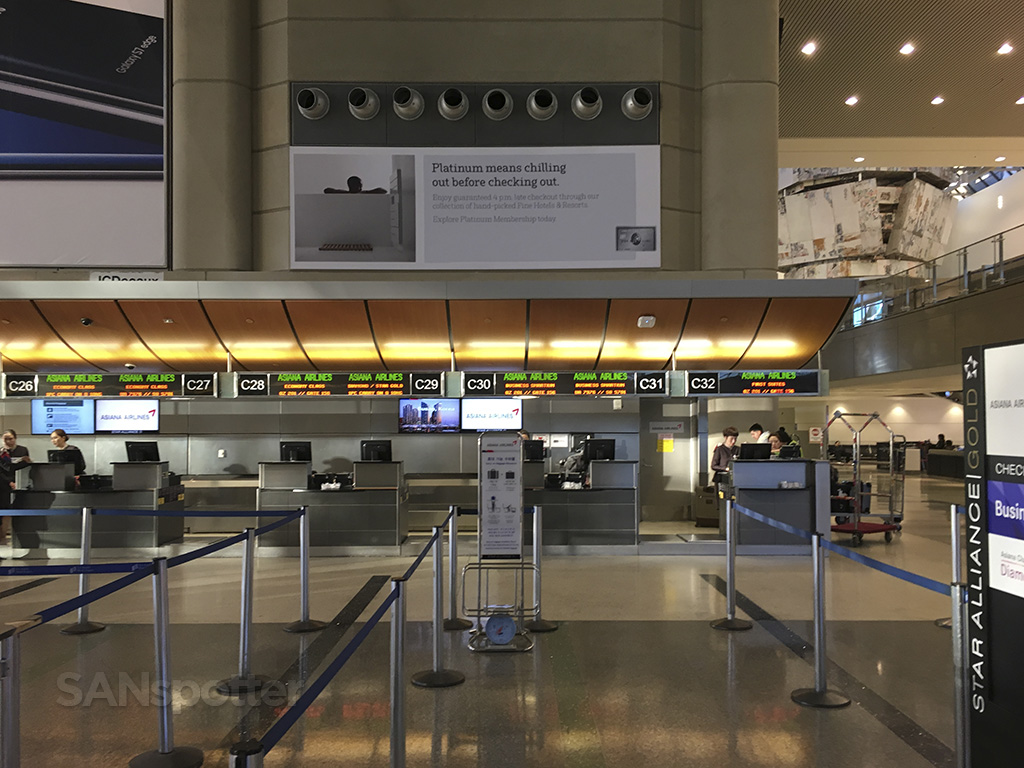 LAX Asiana airlines check in counter