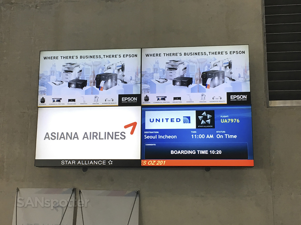 Asiana flight 201 LAX-ICN information display