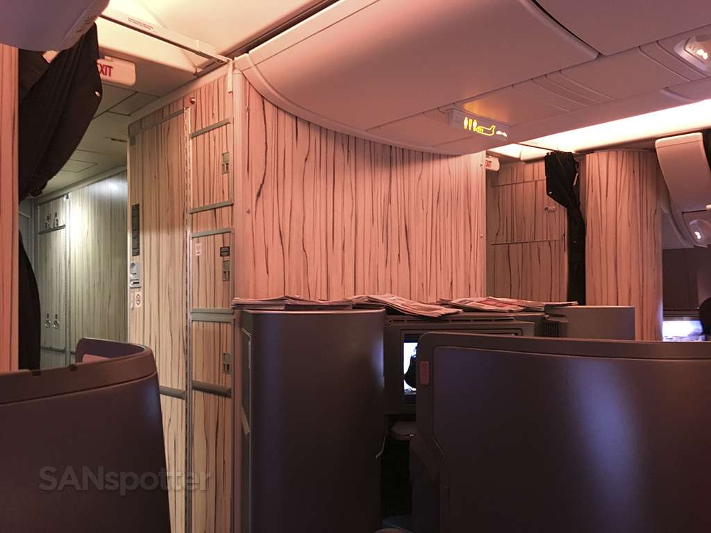 china airlines 777-300 business class