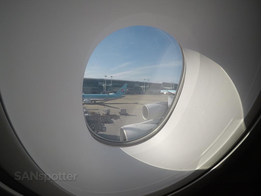 a380 porthole windows