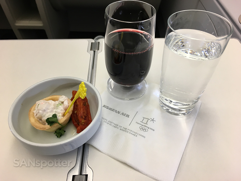 Korean Air Prestige Class pre dinner snack