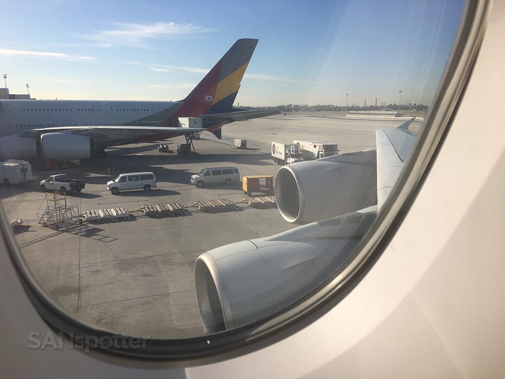 korean air and asiana a380 LAX