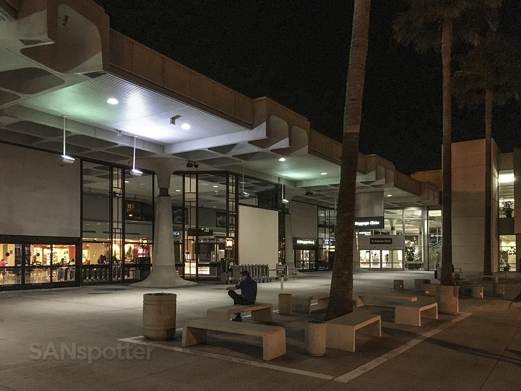 SAN terminal 1 exterior