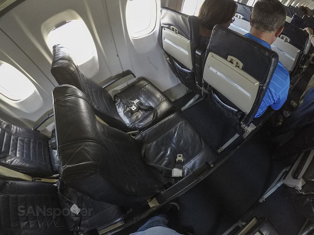 Island Air ATR 72 seats