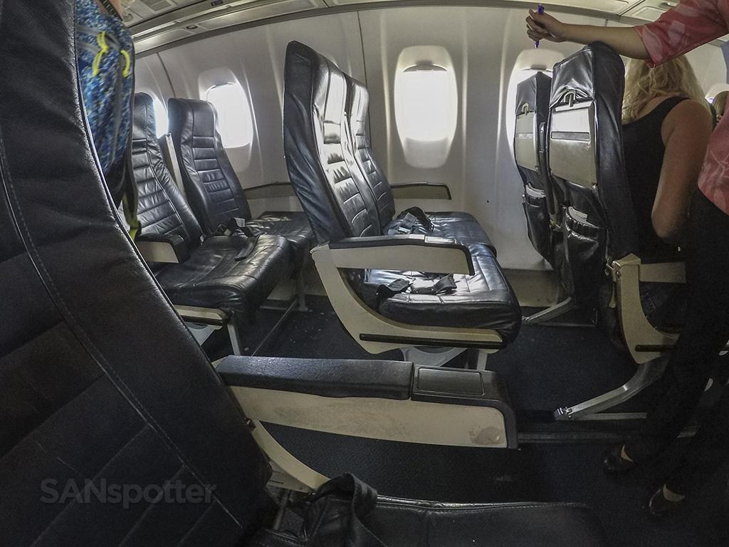 island air ATR 72 seating