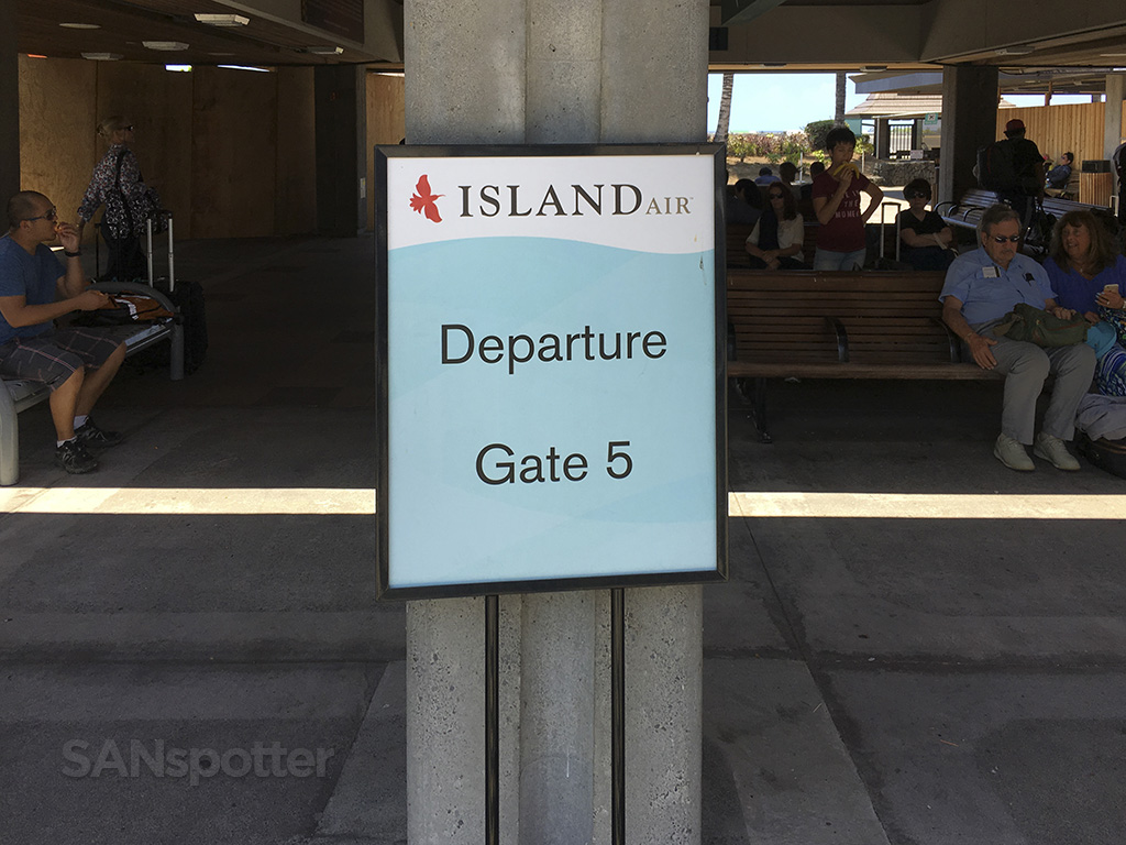 kona airport gate 5