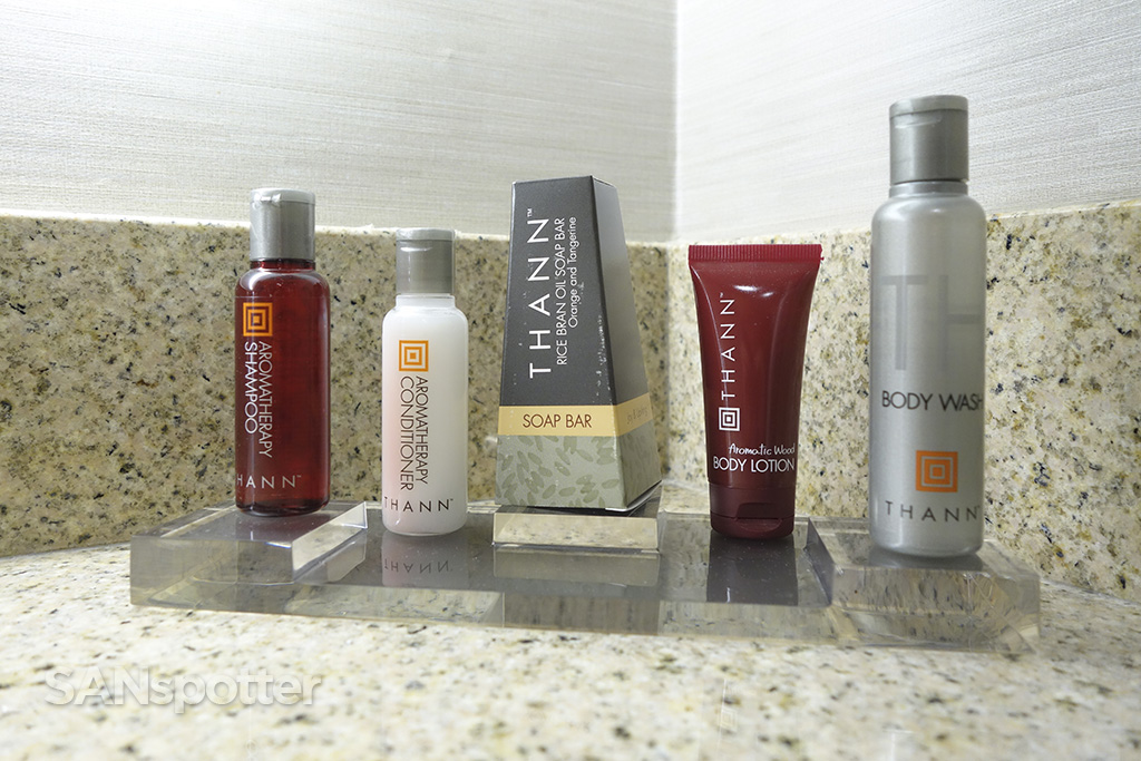 bathroom amenities sfo marriott hotel