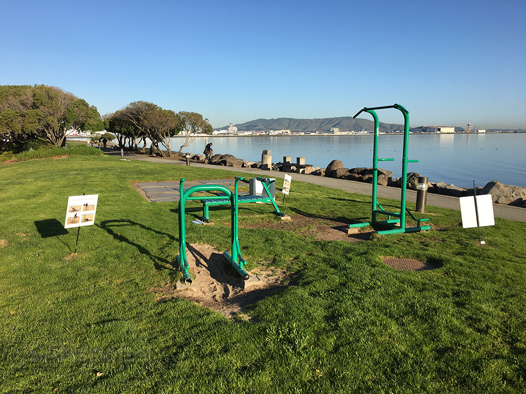 sfo marriott hotel outdoor workout area
