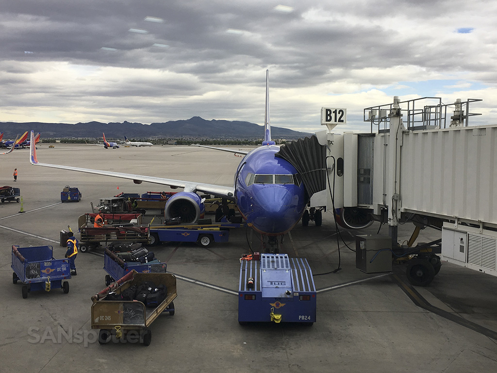 southwest airlines 737-700 LAS