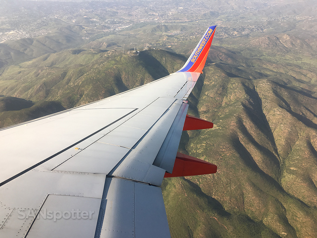san diego approach southwest 737-700