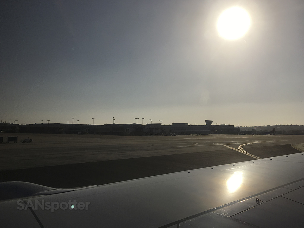 sunny san diego airport