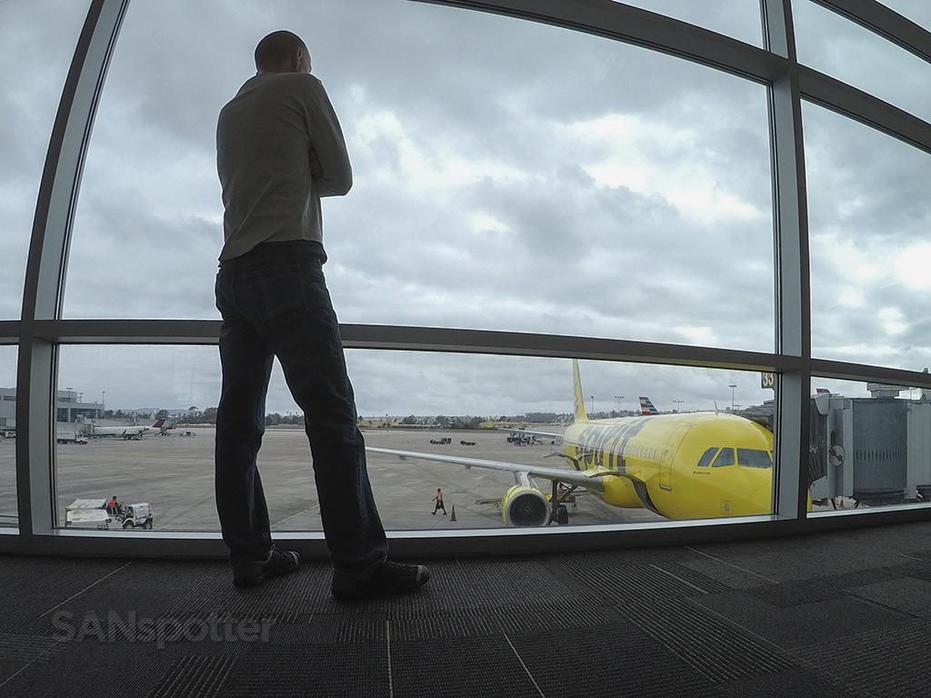 SANspotter airport selfie