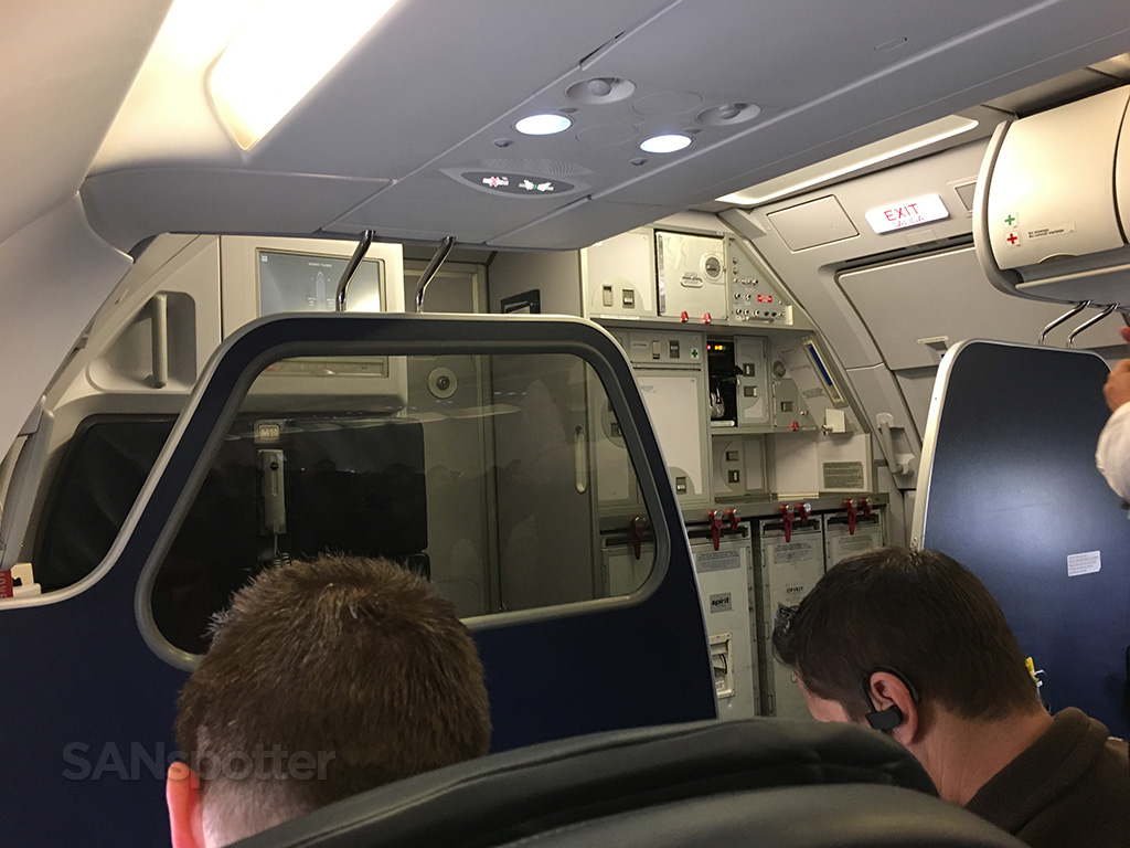 Spirit Airlines A320 bulkhead wall