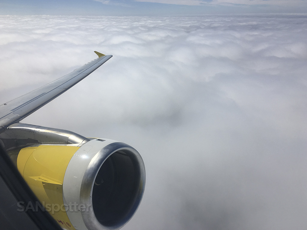 Spirit airlines a320 wing and engine