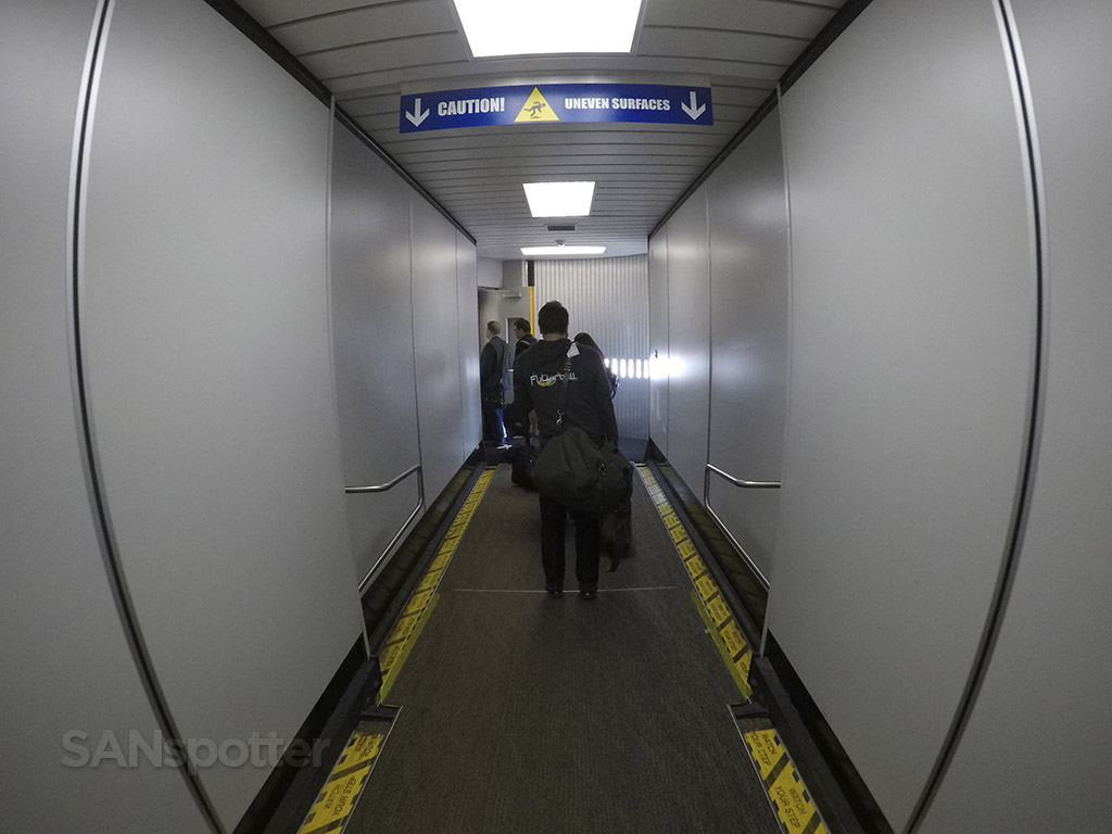 SFO jet bridge