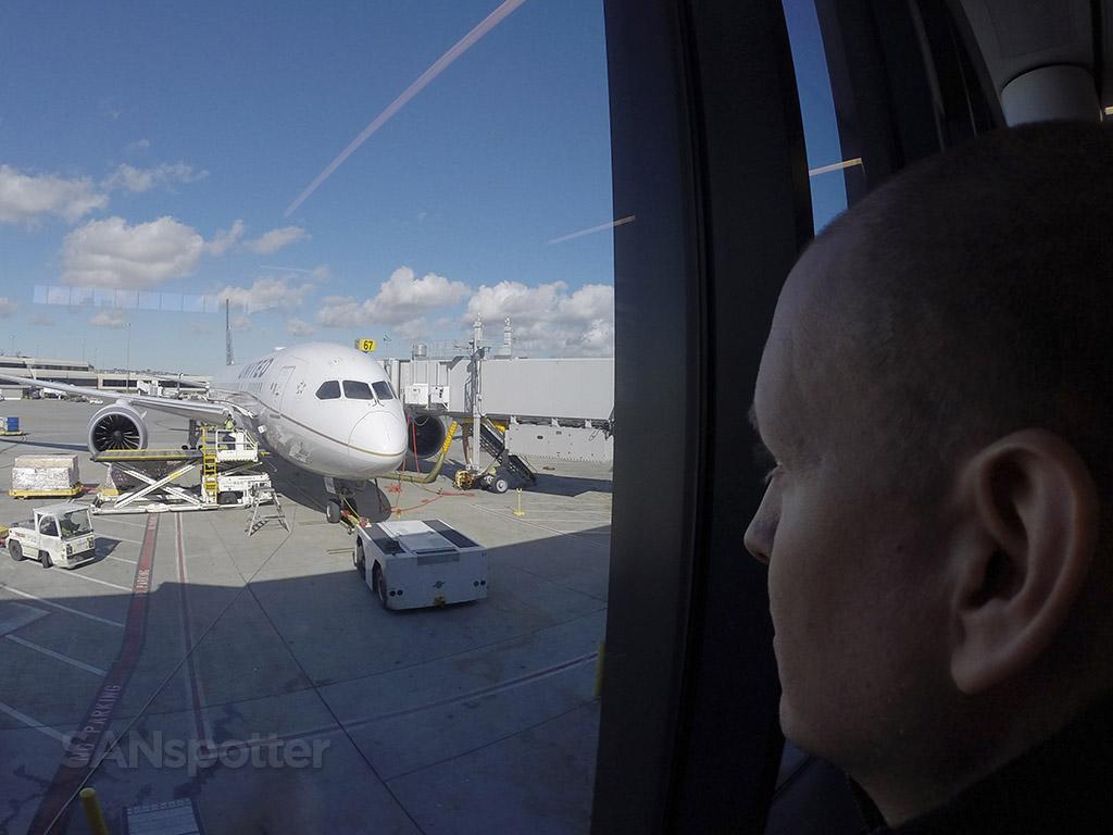 SANspotter airport selfie SFO
