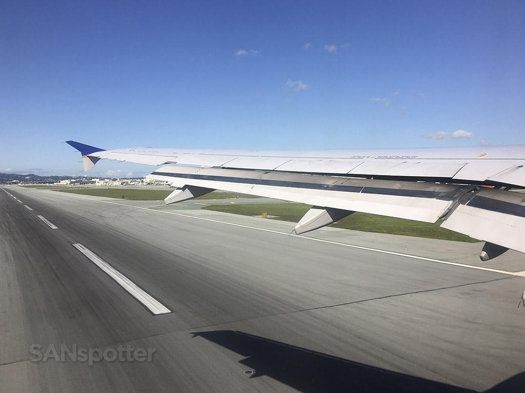 SFO runway 1R departure
