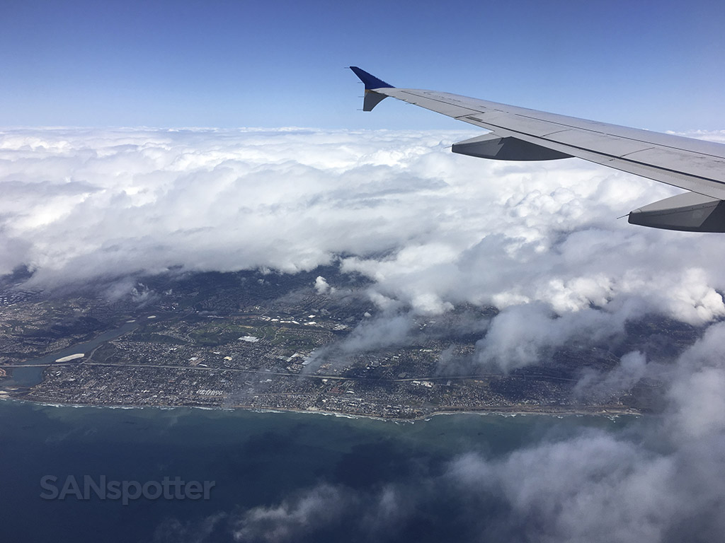 flying over san diego united a320