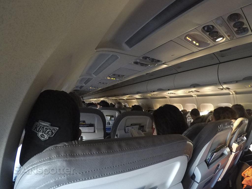 united a320 cabin interior SAN-SFO