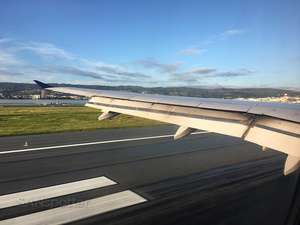 SFO runway 28L