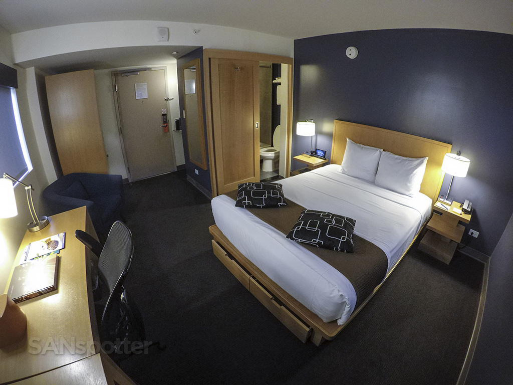 vive hotel wide angle room view