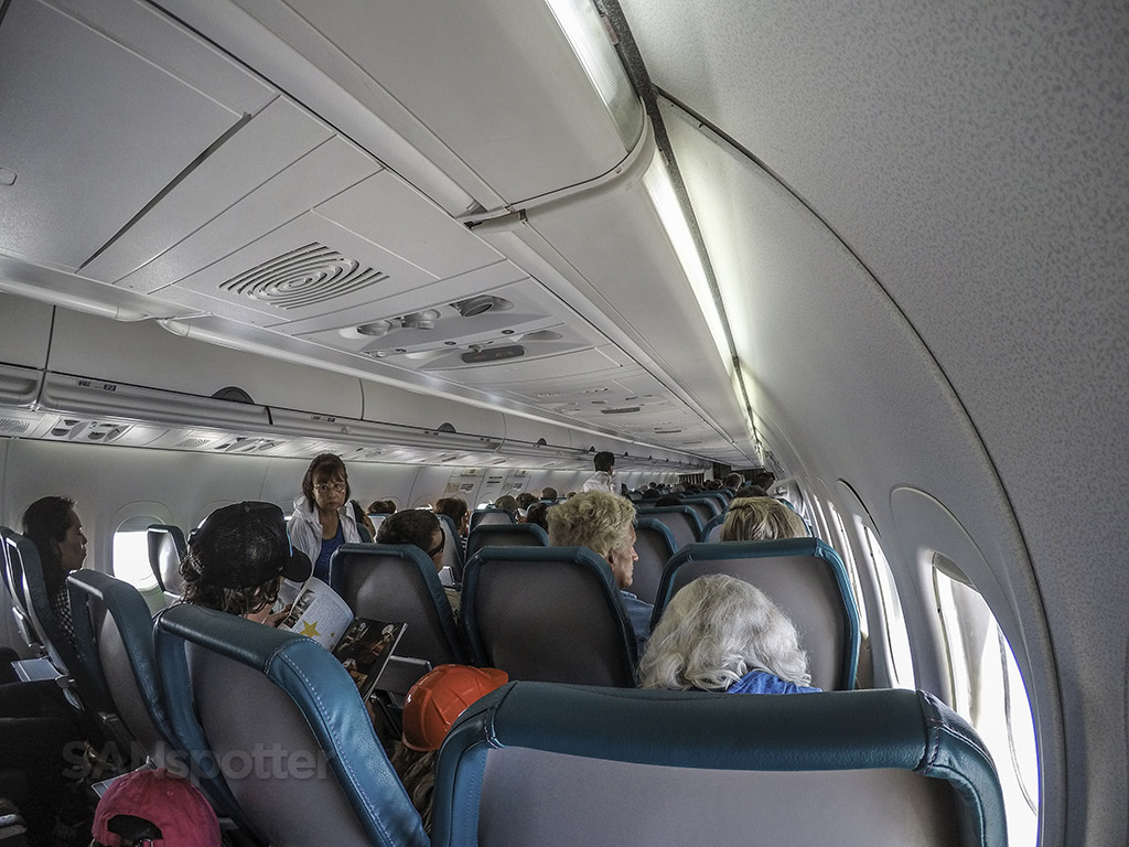 Hawaiian Airlines 717 cabin in flight