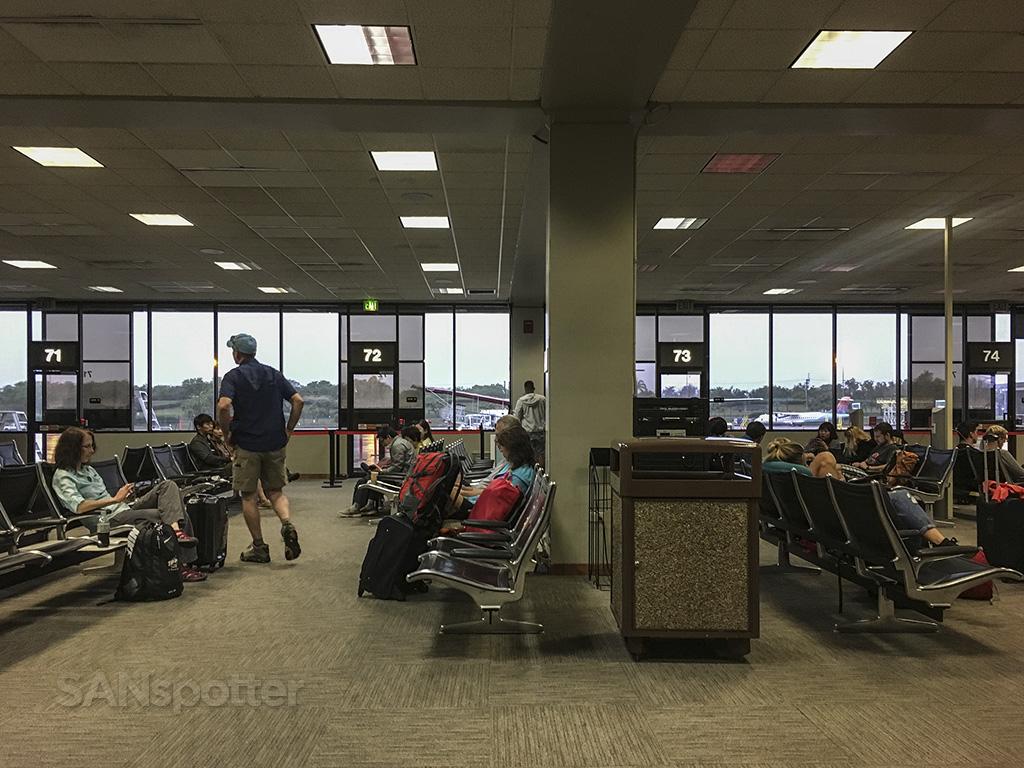honolulu airport inter island terminal interior