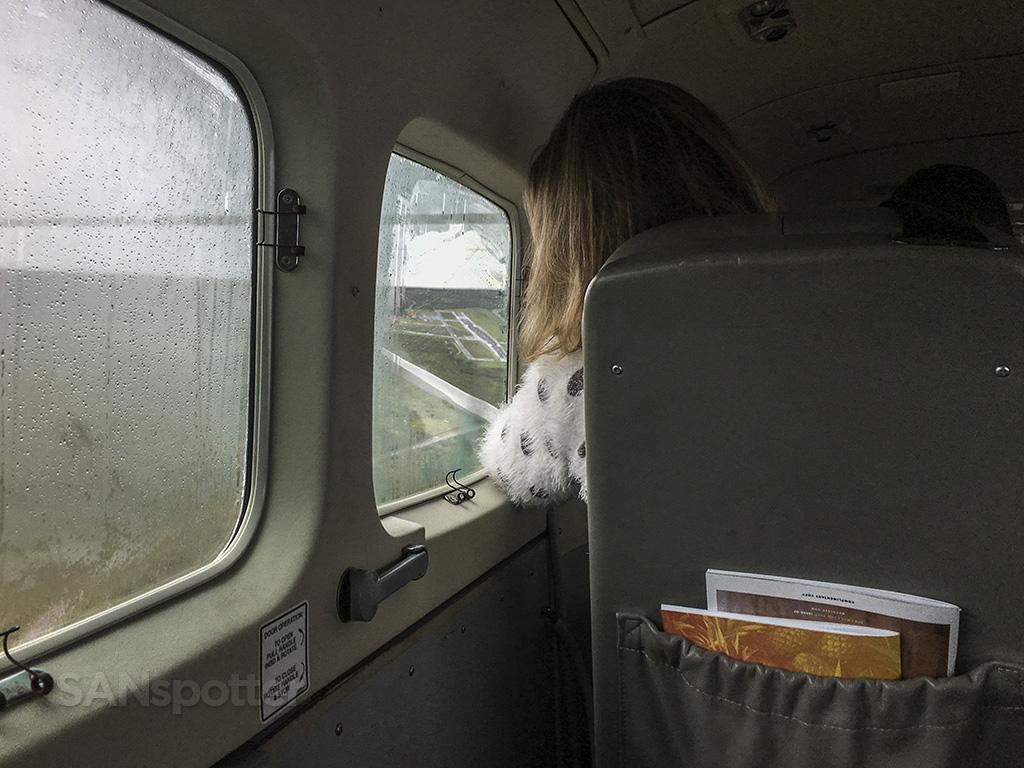 runway 5 approach MKK