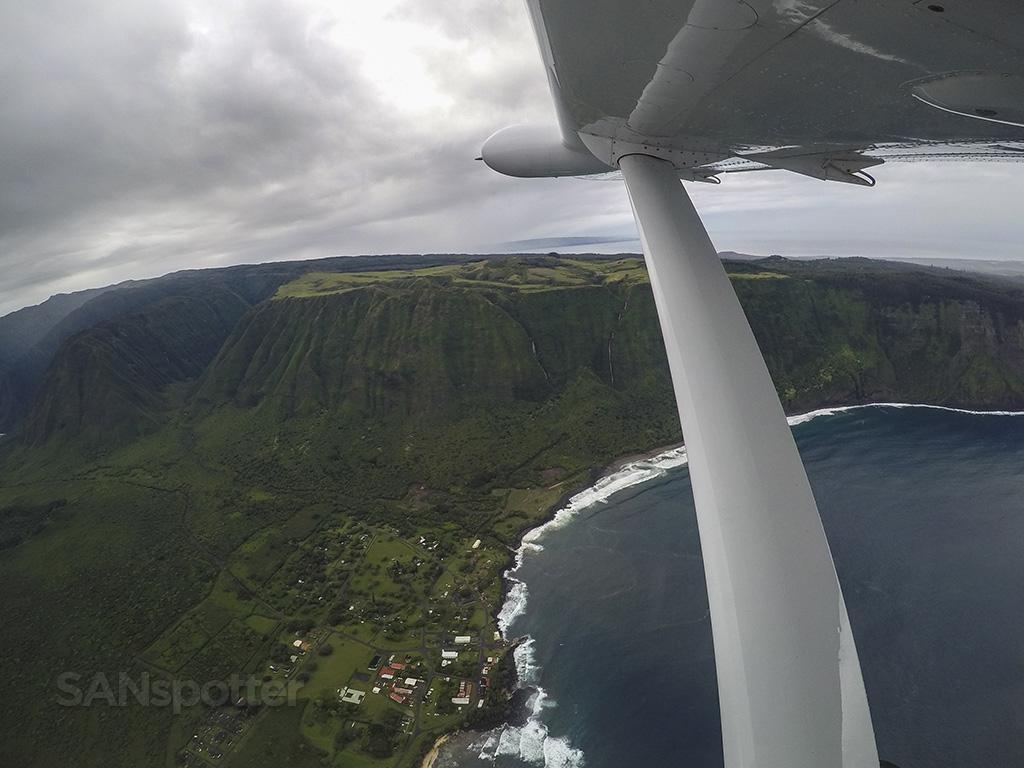 molokai coastal terrain